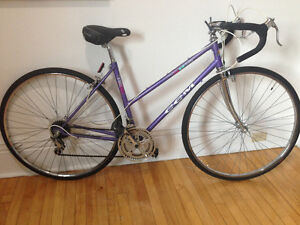 Ladies CCM Road Bike Well Maintained