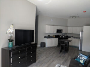 Bedroom - Shared 4 Bed Luxury Apartment - FEMALE ONLY