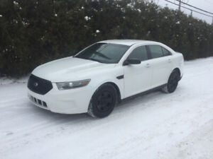 2015 Ford Taurus Police Pack v6 3.7l 4x4 inspecté