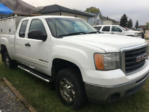 2008 GMC Sierra 2500 Pickup Truck (PHONE CALLS ONLY)