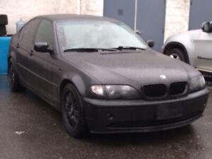 2005 BMW 325i Matte Black Loaded Needs your TLC!