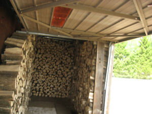 FIREWOOD FOR SALE - WELL-SEASONED - READY TO USE London Ontario image 5