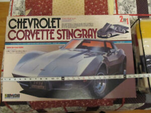 Vintage Large Doyusha Corvette Stingray 1/12 Scale Model Car