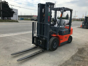 The new 5000 lb Value Dual Fuel Forklift - Unbelievable price!