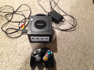 Nintendo Gamecube(All cables included)