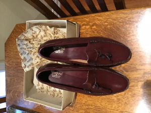 Men's leather loafers size 10.5