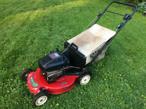 Toro Self-Proplled Mower with Bag
