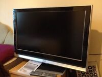 "32""JVC LCD TV BUILTIN FREEVIEW HDMI PORTS GOOD WORKING ORDER CAN DELIVER"