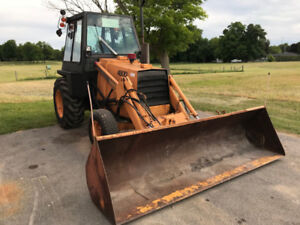 """Case 480D - Diesel with 10'9"""" Bucket, PTO, 3-PT Hitch and Cab"""