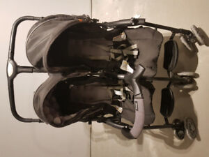 Combi twin travel double stroller light avail until Dec 31