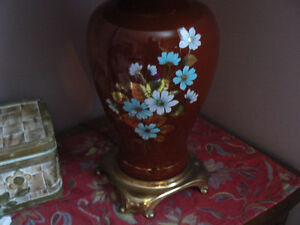 A pair of tall burgundy lamps/lampe West Island Greater Montréal image 2