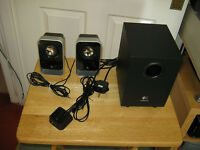 Logitech LS21 2.1 Stereo Speaker System Computer Speakers Bargain £15 For Quick Sale
