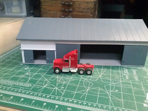 1/64 Scale Work Shop