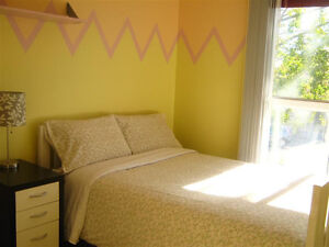 Two cozy furnished room near LRT, DOWNTOWN, SHOPPING