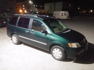 2002 Mazda Minivan Low K! PRICED TO SELL!