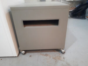 Metal cabinet /night stand / filing cabinet
