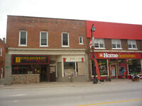 building / restaurant with 2 apartments FOR SALE