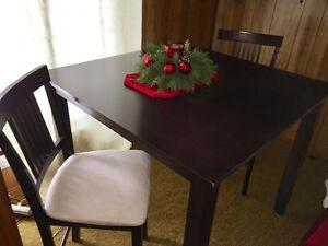 Bar Table & Chairs Set