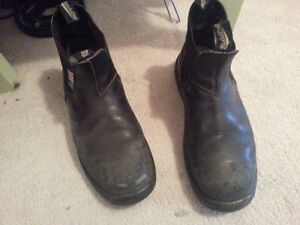 blundstone greenpatch- steel toe safety black boots size 14