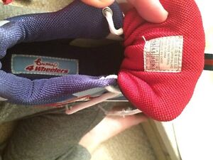 Size 9.5 woman's Britney Spears Skechers roller skates Kitchener / Waterloo Kitchener Area image 10