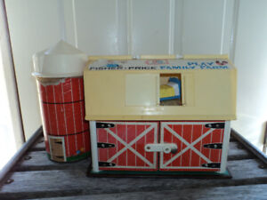 Vintage Fisher Price Play Farm with Sylo