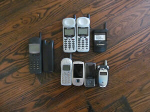 Cell phones for parts, used older model cell phones for repairs