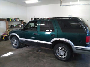 1997 Chevrolet Blazer SUV, Crossover NEED GONE!