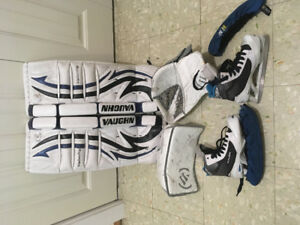 Youth Goalie Skates  size 3