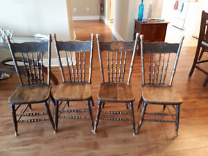 4 ANTIQUE BASS RIVER PRESSED BACK CHAIRS