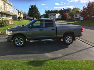 2008 Dodge Power Ram 1500 SLT Pickup Truck