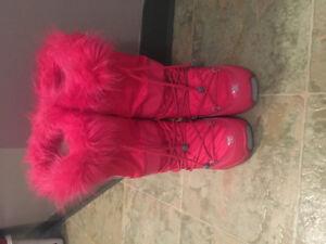 Ladies DC snow board boots