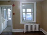 747 selkrik ave one bedroom apt. for rent $600 all included