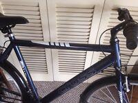 Hybrid men's bike cross.. Shimano As new hardly used