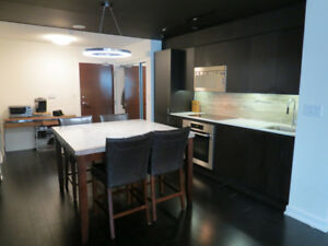 Furnished 3 Bedrooms Queen Beds, 2 Bath with parking in Downtown