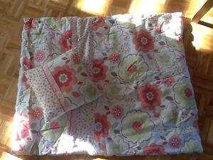 Literie de bassinette pour fille