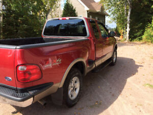 2002 Ford F-150 Lariat Camionnette
