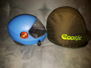 Casque de parachutisme skydiving cookie G3 Skyventure