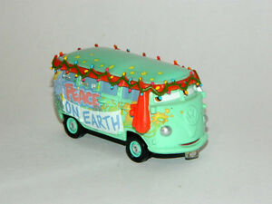 Disney Pixar Cars 1/55 Christmas Fillmore Diecast