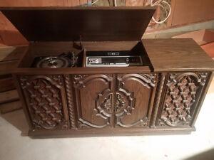 Vintage Simpson Sears Record Player