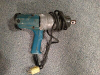 Makita 3/4 inch Electric Impact Wrench Model 6906
