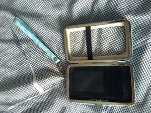 iPhone Clutch/wallet London Ontario image 3