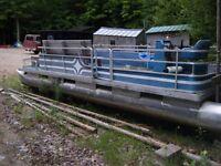 Pontoon Boat Harris Mfg/Flote-Bote