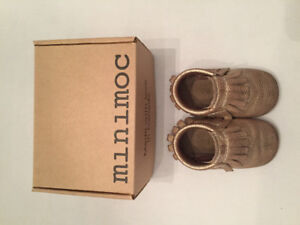 """Mini Moc """"Narwhal"""" gold leather moccasins - size 2"""