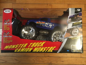 EZTEC REMOTE CONTROL (RC) RAM MONSTER TRUCK