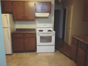 Spacious one bdrm unit! First month PROMO!