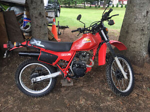 Completly reconditionned Honda XL 200R Dual Sport