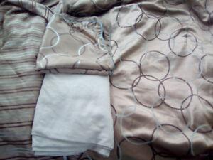 QUEEN BED IN A BAG