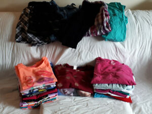 29 Pc. Girl's Mixed Clothing Size 14-16