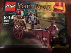 Lego NEW sealed toy collectible set now retired discontinued 9469 Lord of The Rings mini figures