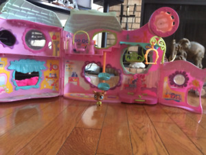 Littlest Pet Shop Gym Set